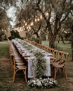 8 Things To Keep In Mind While Planning A Small Intimate Wedding Wedding Reception Lighting, Wedding Seating, Reception Table, Wedding Tables, Cheap Wedding Decorations, Wedding Centerpieces, Greenery Garland, Small Intimate Wedding, Dordogne