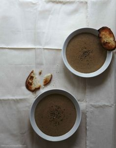 Roasted Cauliflower and Garlic Soup Recipe - House of Brinson