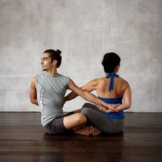 yoga-twist-mbd108026.jpg
