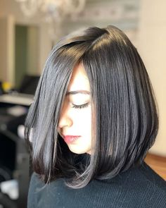 Best New Bob Hairstyles Would you like to get a new look? We offer you to check the New Bob Hairstyles 2018 – 2019 we have handpicked just for you. Bob Hairstyles 2018, Cute Bob Hairstyles, Layered Bob Hairstyles, Long Bob Haircuts, Lob Hairstyle, Hairstyle Ideas, Short Hair Lengths, Short Hair Cuts, Medium Hair Styles