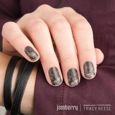 Check out this gorgeous collection by Tracy Reese straight from The Runway!! Be the first to get them!!! Get this look for a limited time only! Jamberry collaborated with fashion designer, Tracy Reese and are now offering designs that were featured in her collection during New York Fashion Week. Tracy Reese is known for her feminine designs and retro-influenced style. Get them here: http://alyconails.jamberry.com  #nyfw #tracyreese #fashion #designer #nails #manicure #pedicure #nailart…