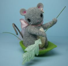 Baby Pom Pom Mouse In Felted Leaf Boat