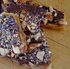 Heath Bar Saltines ~ The Ultimate Chocolate Toffee Crunch  ~ Unbelieveably easy