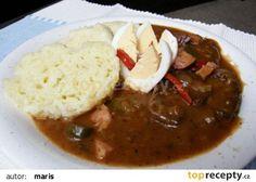 Falešný španělský ptáček recept - TopRecepty.cz Czech Recipes, Ethnic Recipes, Pesto, Thai Red Curry, Stew, Crockpot, Slow Cooker, Chili, Food And Drink