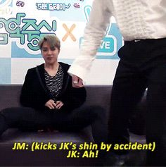 JM kick JK leg accident 1/3