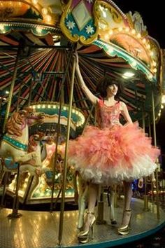 fairgrounds and tutu's! Goes together like peaches and cream! Both fun and both very me! :-) #MakesMeHappy x