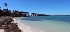 Les Keys sont les joyaux de la Floride et un trésor écologique marin qui attire sportifs, plongeurs, pêcheurs, familles et des amoureux de la nature.