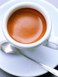 """[Coffee] lady from France, also known as """"Olay coffee"""", is a French lady favorite breakfast drink, can make a person known as """"morning cup, ..."""