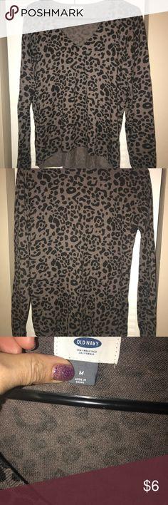Old Navy brown/black leopard print V-Neck sweater Leopard print soft V-neck sweater -Old Navy... Nice condition Old Navy Sweaters V-Necks