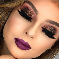 Glitter eye makeup and purple lips Glitter Eye Makeup, Glam Makeup, Beauty Makeup, Face Makeup, Huda Beauty, Makeup Art, Stunning Makeup, Flawless Makeup, Colorful Makeup