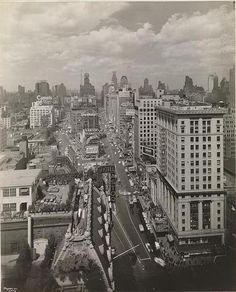 85f4199889c5e4 Bird s eye view on Broadway North