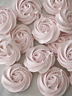 Meringue Rose Cookies | Community Post: 14 Mouthwatering Desserts That Are As Pretty As They Are Pink