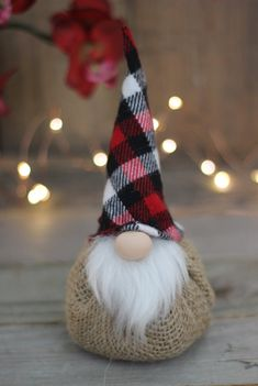 Buffalo Plaid Rustic Burlap Gnomes w/Lavender Buffalo Checks image 3 Christmas Gnome, Plaid Christmas, Diy Christmas Gifts, Christmas Projects, Handmade Christmas, Christmas Decorations, Christmas Ornaments, Etsy Christmas, Christmas Wreaths
