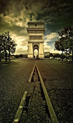 Arc de Triomphe #Paris
