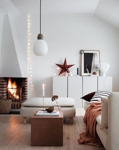 Step Inside Janniche's Delightful Swedish Home my scandinavian home: Step Inside Janniche's Delightful Swedish Home Design Living Room, Living Spaces, Scandinavian Interior, Home Interior, Scandinavian Style, Söderhamn Sofa, Le Riad, Home Modern, Ideas Hogar