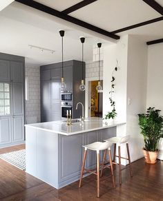 Grey - white modern kitchen