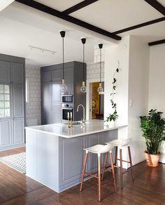 Grey - white modern kitchen