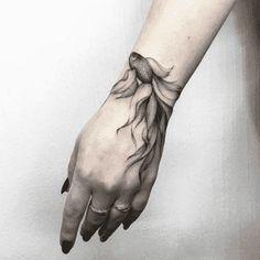 Hand tattoo by Vlada Shevchenko - Tattoos - Best Tattoo Ideas Cover Up Tattoos, Foot Tattoos, Body Art Tattoos, Sleeve Tattoos, Ankle Tattoos, Tattoos Skull, Finger Tattoos, Trendy Tattoos, Black Tattoos