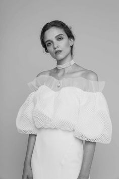 Romancera, the new bridal firm you should know Best Wedding Dresses, Designer Wedding Dresses, Bridal Dresses, Wedding Styles, Mode Chic, Looks Chic, Chic Wedding, Dream Wedding, Bridal Style