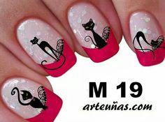 These look very nice. Cat Nail Art, Cat Nails, Paw Print Nails, Gel Nail Art Designs, Girls Nails, Halloween Nail Art, Flower Nails, Beautiful Nail Art, Beauty Nails