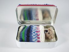 Knitted Pocket Ted Sleeps In A Tin [FREE Pattern]