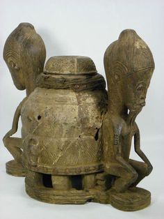 Fine Old African Tribal Art BAULE Mouse Oracle Divination Container