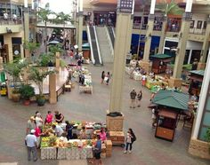 Aloha Friday from the Farmers Market at the Queen Kaahumanu Mall on Maui