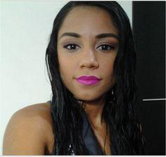 @CibeleBrasil_ com o Matte Lipstick Shocking Pink