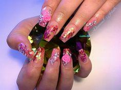 Day 286: Pink Roses Nail Art - - NAILS Magazine