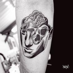 by Sixo Santos
