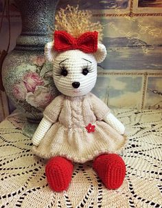 Fräulein Meow Amigurumi - Amigurumi X Crochet Toys Patterns, Stuffed Toys Patterns, Knitting Patterns, Amigurumi Doll, Crochet Animals, Yarn Crafts, Crochet Baby, Crochet Projects, Free Pattern