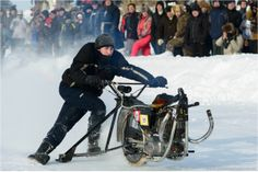 snowdogs course de motos neige customs 10   Snowdogs   course de motos neige customs   tuning photo neige moto image custom