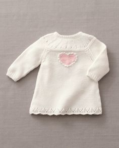 Breipatroon Babyjurkje met hartje