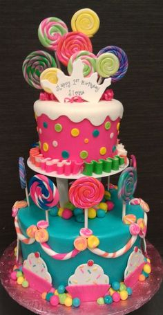 cake Such a cute cake Candyland Birthday Candy cake. Would be fun for a candyland party. Candyland cake, I love love love . Torta Candy, Candy Cakes, Fondant Cakes, Cupcake Cakes, Candy Land Theme, Candy Land Birthday Party Ideas, Carnival Birthday, Candy Party, Birthday Cakes