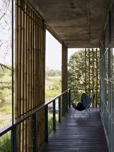 Gallery of The Riparian House / Architecture BRIO - 7