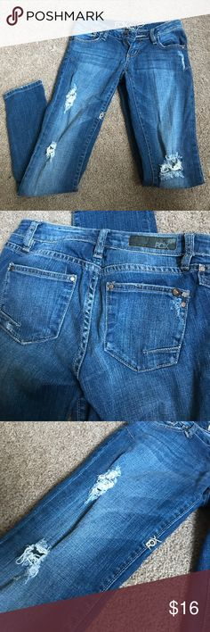 Distressed fox skinny jeans Distressed skinny jeans from Fox. Fox Jeans Skinny