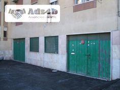 Imóvel com 154 m2, bem localizado na Póvoa de Santa Iria para Armazém, Garagem ou actividade industrial. Dois portões de entrada que possibilita dois ambientes diversificados de trabalho com...