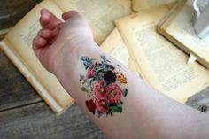 Temporary tattoo Vintage Floral  Flowers Colourful von Siideways