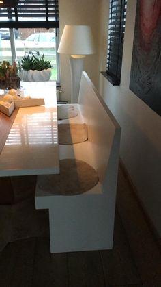 Strak en stijlvol deze eettafel bank Sandhamn. In iedere kleur en maat leverbaar. Dining Room, Dining Table, Furniture, Home Decor, Decoration Home, Room Decor, Dinner Table, Home Furnishings, Dining Room Table