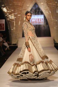 Indian Designer Tarun Tahiliani Creation.