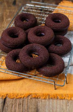 Dark chocolate pumpkin dairy-free baked doughnuts #recipe #dessert #pumpkin
