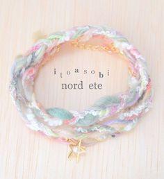 ヘンプ•コットン•羊毛糸の三連ブレスレット【冬の散歩道】