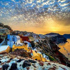 Santorini and beyond!!! ✈️@afishle_photos    #santorini