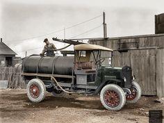 27-photos-colorisees-des-automobiles-americaines-des-annees-1910-1920-17