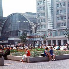 Berlin-Alexanderplatz 1972 mit Bahnhof und Berolina-Haus