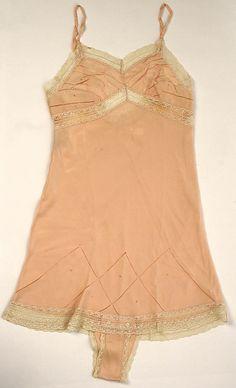 1930-1935 silk Teddy, British. Label: Daphne Hughes.  Via MMA.