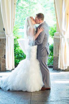 Amber & Justin - A Joyful Vineyard Wedding by David Corey Photography As Seen on Today's Bride Real Weddings, Todaysbride.com