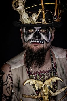 Voodoo Priest - Makeup: Unique Irish | Photography: Hope Shots Photography #Halloween #Voodoo #SugarSkull #Makeup #Bones #Skull