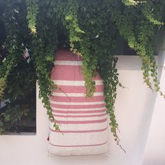 Our Majorca Blush sun drying after a day at the Beach 🍀 #takeuswithyou #travel #boats #beach #sun #fun #stripes #linen #hhlife