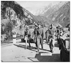 The officers from Leibstandarte SS Adolf Hitler Division come to the British to discuss surrender terms. Austria, May 7, 1945.